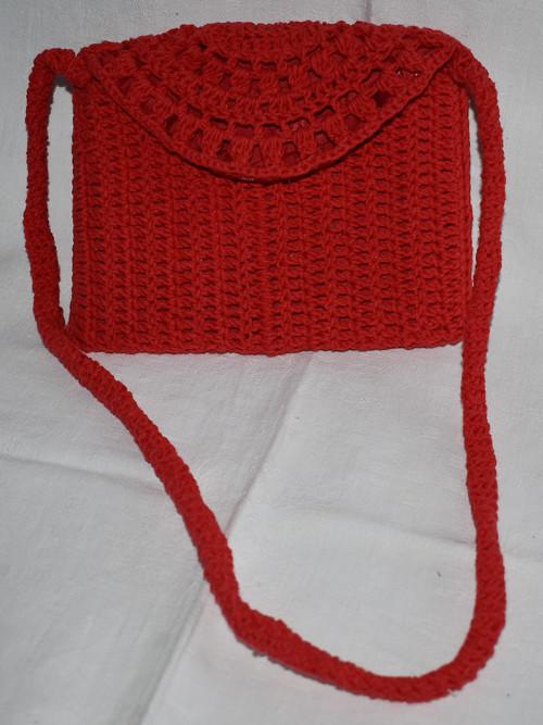 dětská červená kabelka