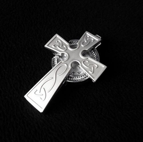 Hodinky kříž