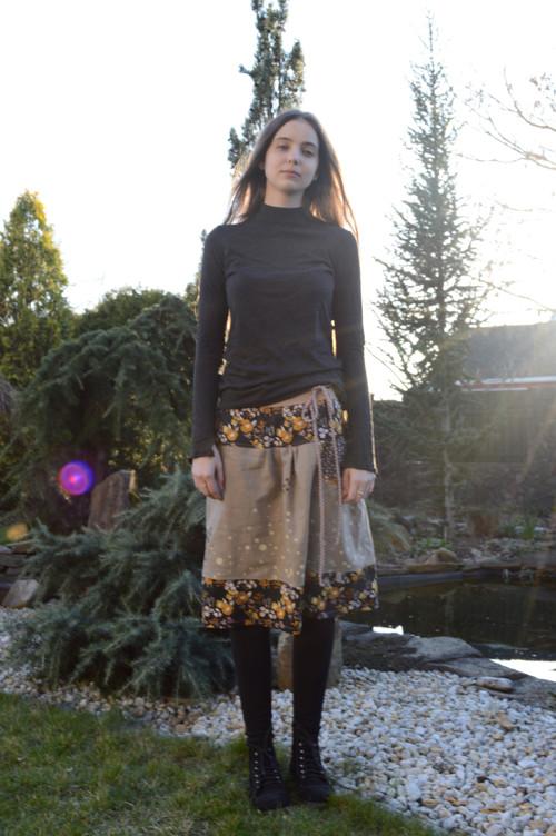 lněná sukně s potiskem...vel S-M