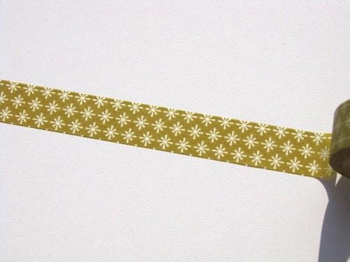 Páska: Hvězdičky na béžovozelené (1,5 x 33 cm)