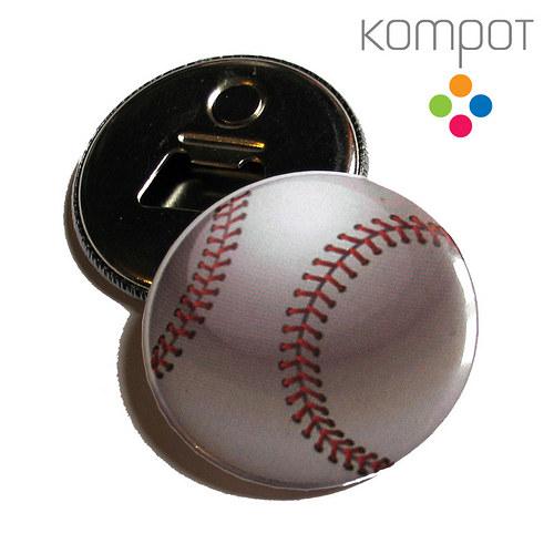 Otvírak s baseballovým míčem