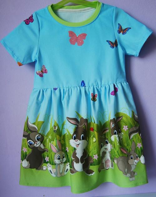 """Úpletové šaty pro holčičku \"""" Zajíčci\"""""""