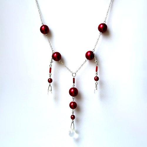 Sada s rudými perlami a čirými kapkami