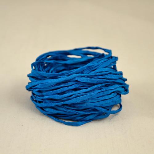 Hedvábná šňůrka modrá (cyan)
