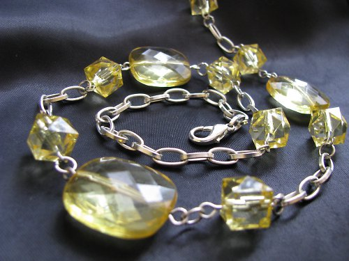 náhrdelník LEA
