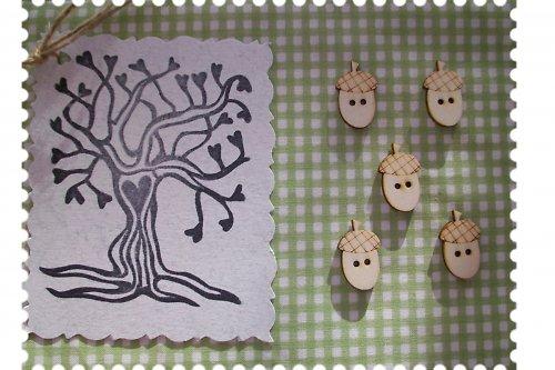 Dřevěný knoflíček - žalud