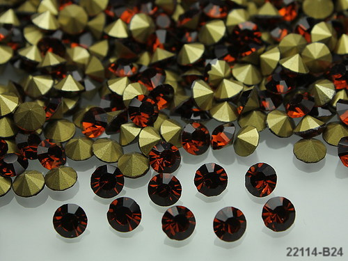 22114-B24 Kónické šaton kamínky 5mm HNĚDÉ, bal.10