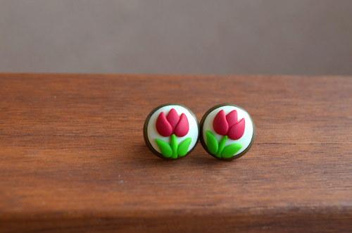 Červené tulipánky