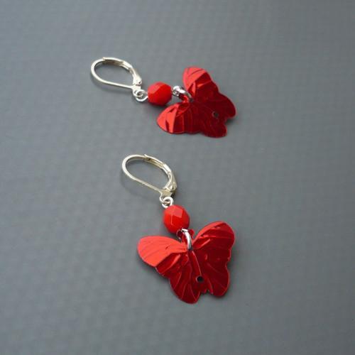 Červené motýlkové náušnice