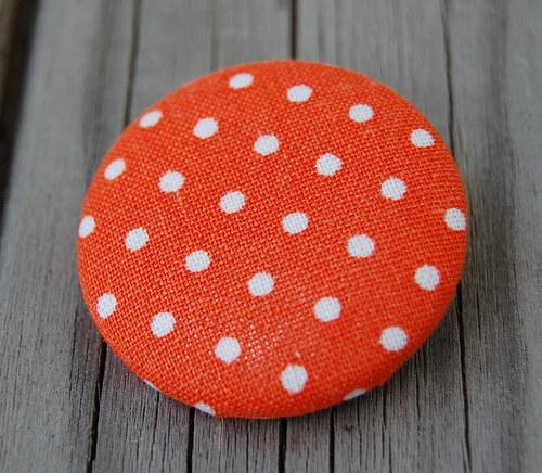 Puntíkatá oranžová....