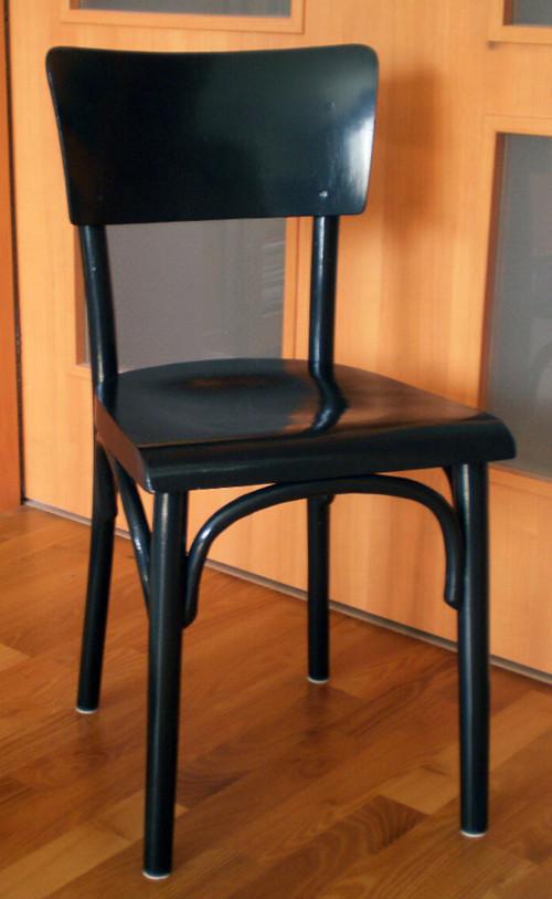 Retro černá židle