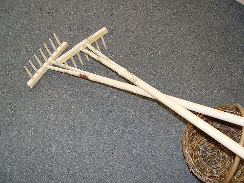 Dřevěné hrabičky