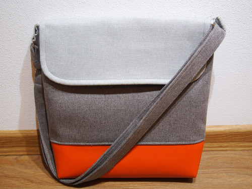 Kabelka malá šedá - oranžová