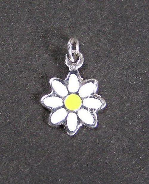 Sedmikráska - barvený stříbrný přívěsek