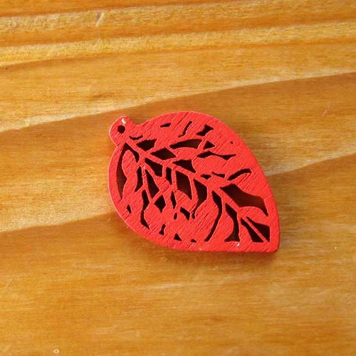 Dřevěný Lísteček - 2ks - Červený