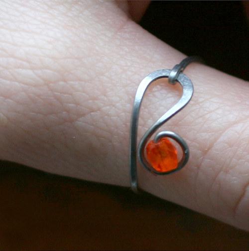 Prsten oranžík