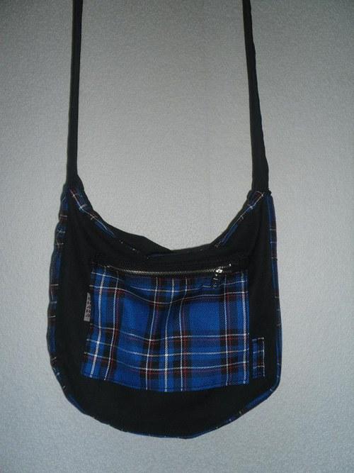 Kabelka přes rameno modrá kostka
