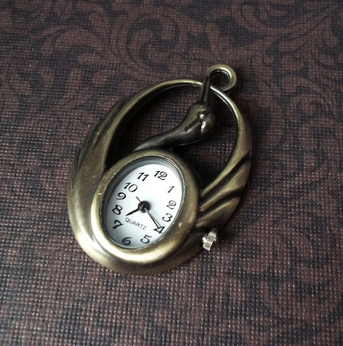 Vintage hodinky labuť