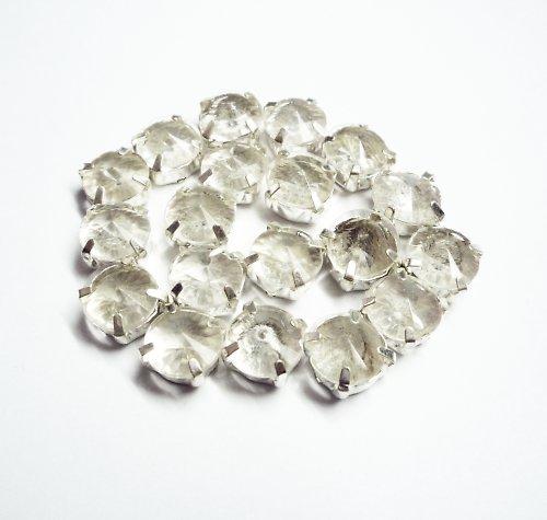 Velké plastové kamínky v lůžku (3 ks)