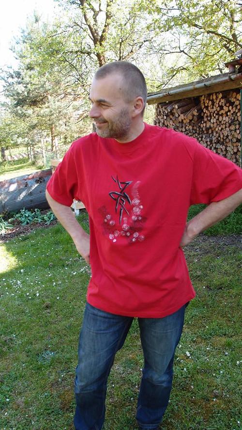 TETOVACÍ ZNAK A SPIRÁLKY (XL) - pánské tričko