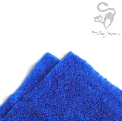Prefelt královská modrá