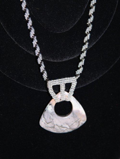Náhrdelník šedo-černý sklo a kámen