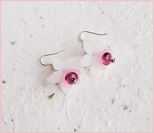 Kytičky bílo růžové