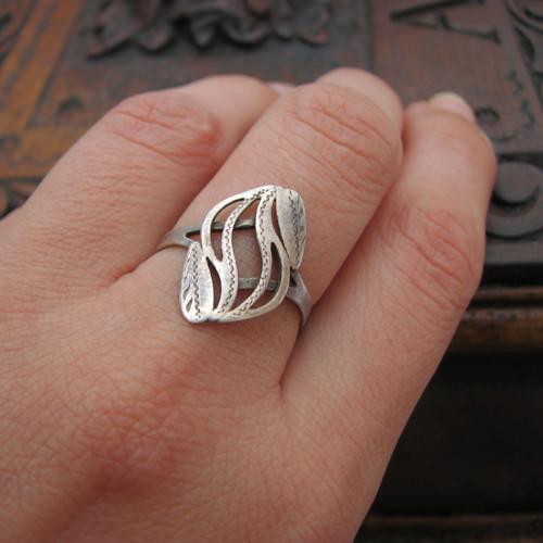 Rozvlnit...stříbrný (Ag) prsten