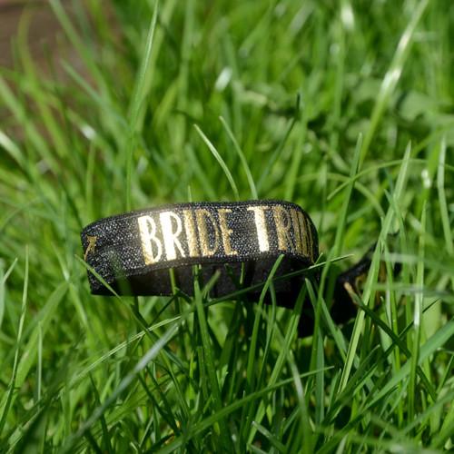Černý náramek Bride Tribe