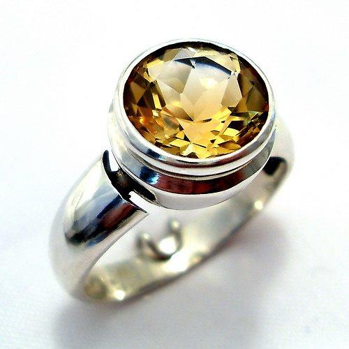 Prsten «Piková Dáma - stříbro 925/1000,  citrín
