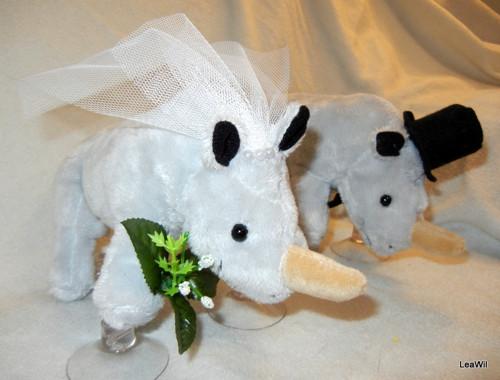 Svatební plyšáci na auto - nosorožci