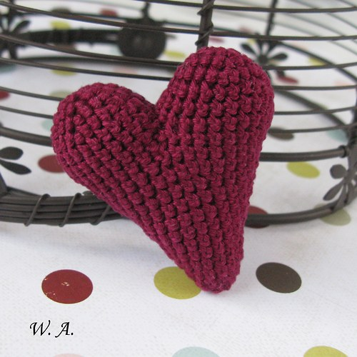 Háčkované srdce - bordó
