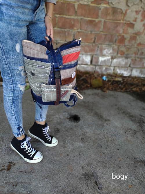 unisex sešívaný batoh s překlápěním s peněženkou