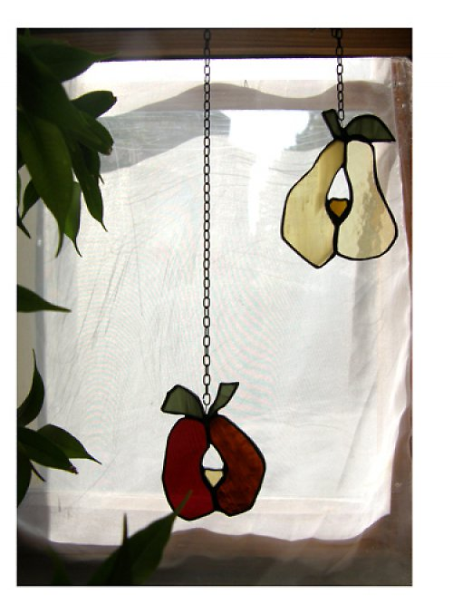 Ovoce v okně