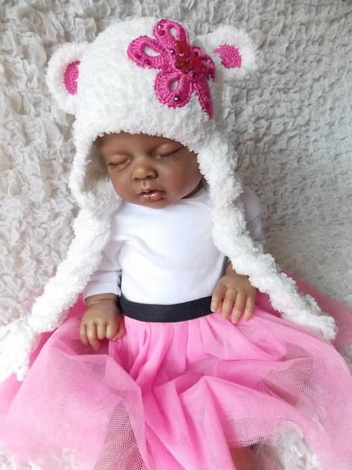 Bílá chlupatka na růžovo :-)