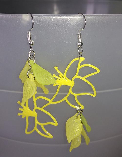 Náušnice žlutá lilie - 3D tisk