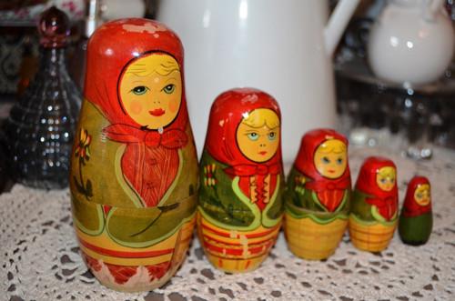 Staré ruské matrjošky