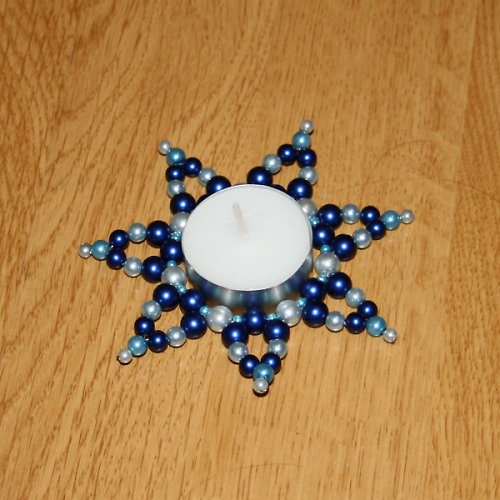 Modrý perlový svícen