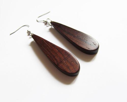 Dřevěné náušnice z palisandru