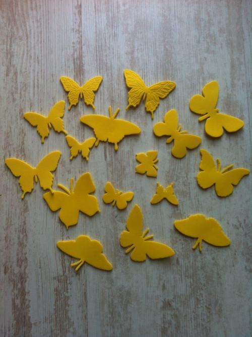 Výseky z pěnovky MSGOMA motýlci