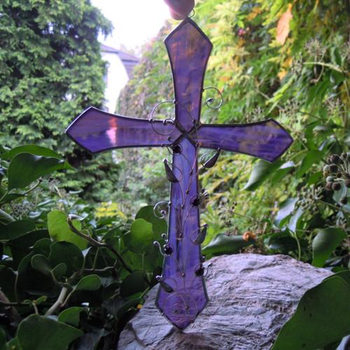 Kříž se zdobením v dárkové krabičce, na objednávku