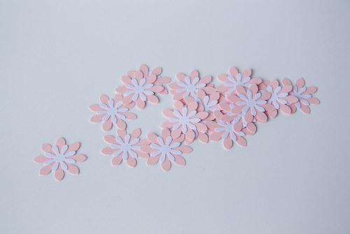 Kytka -růžovo-bílá
