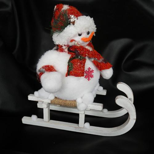 Vánoční dekorace sněhulák na saních