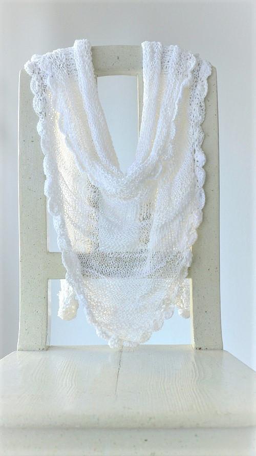 Šátek bílý - jako pavučinka