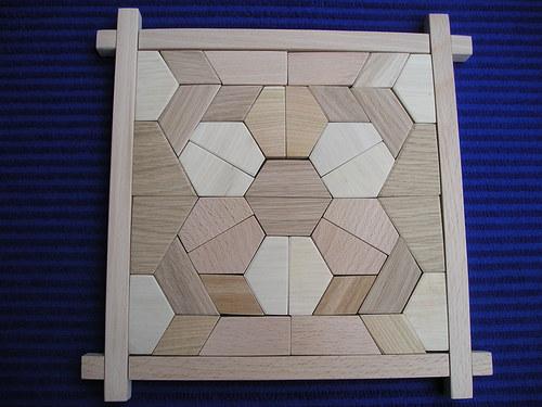 Šestilístek - dřevěná skládačka