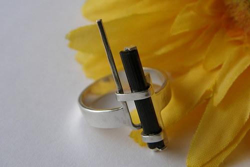 Prsten s turmalínem