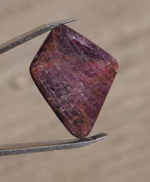 rubín  (28 mm)  J757
