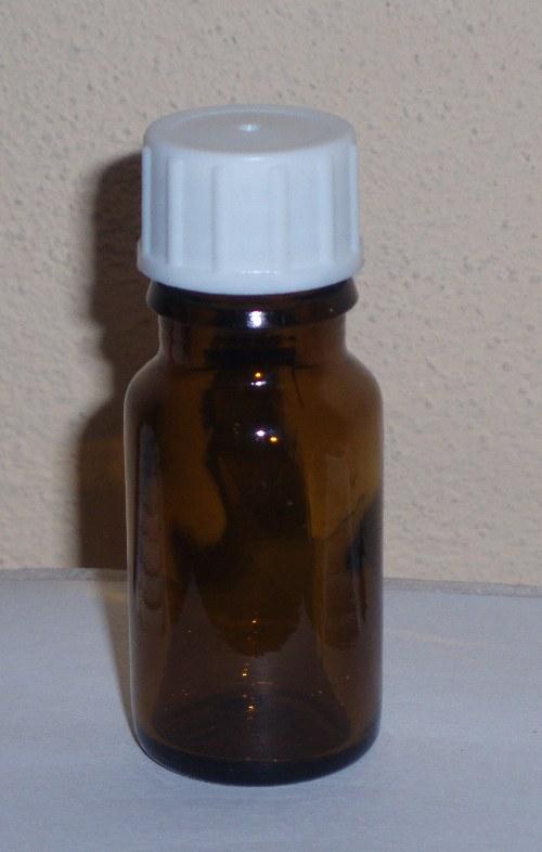 100% esenciální olej - skořice