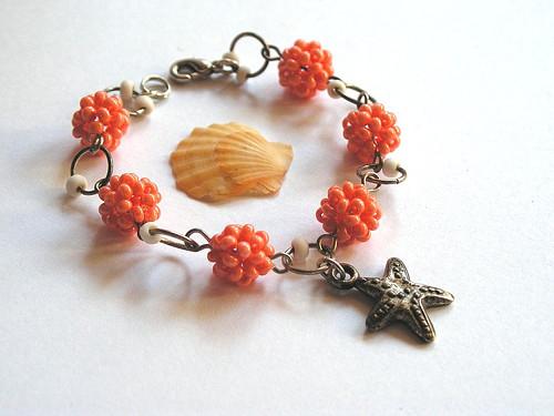 Oranžový kuličkový náramek