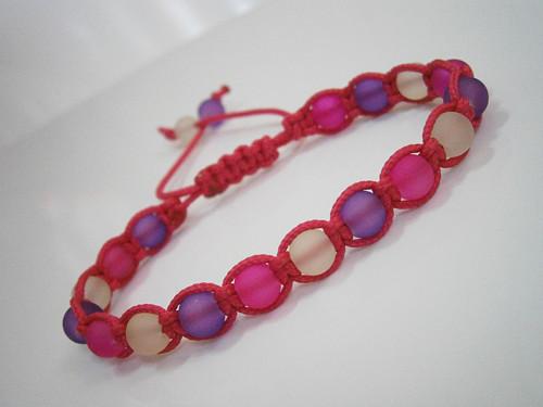 Růžovo-fialový neonový náramek (macramé)